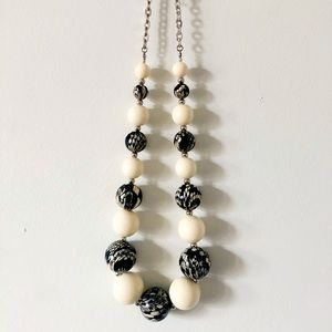 Black White Beaded Statement Necklace Link Chain